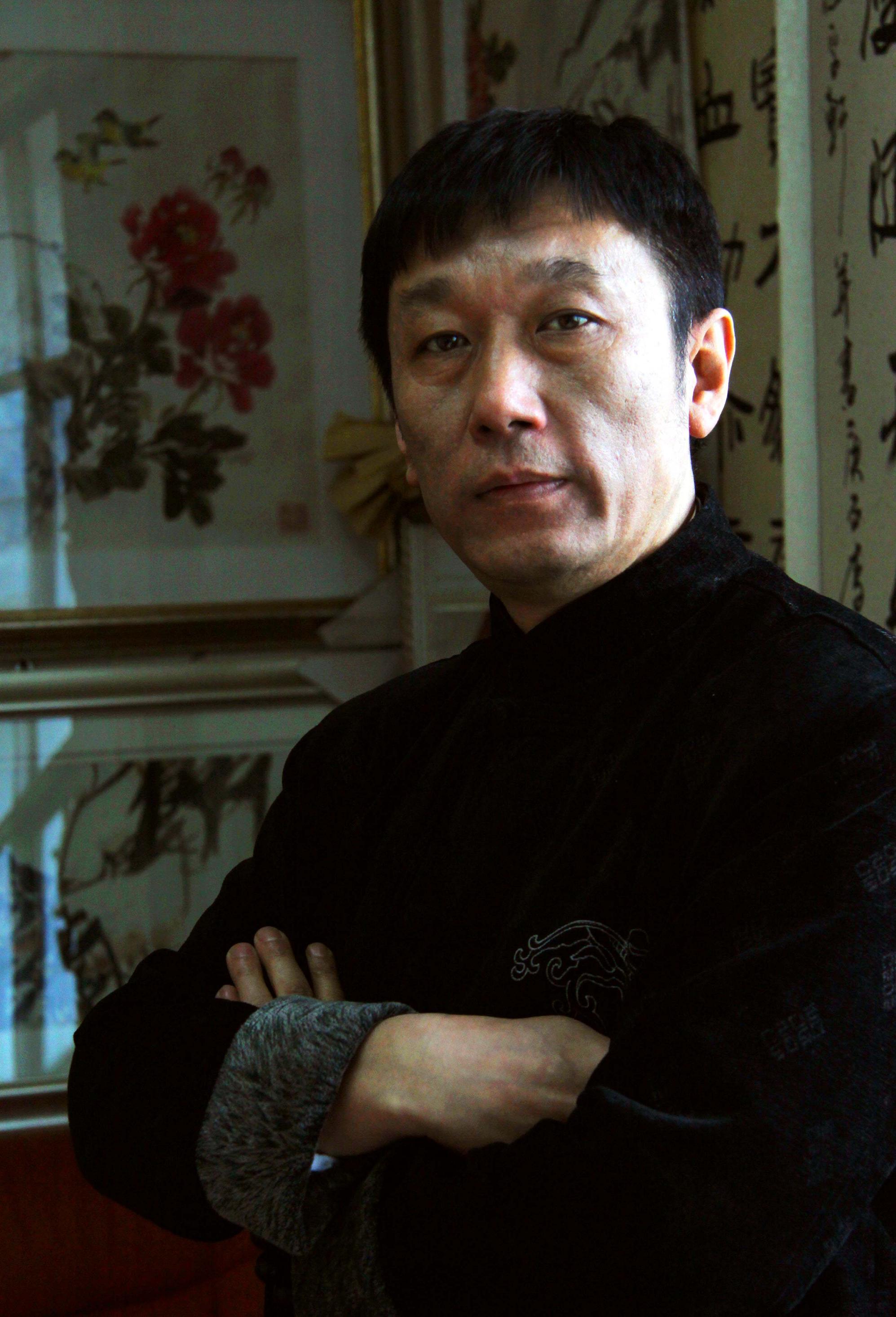 书法学院,哈尔滨师范大学,结业于中国书法家协会书法培训中心